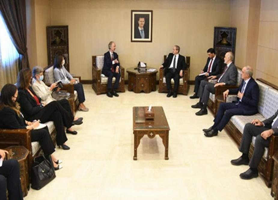 المقداد يؤكد لبيدرسون ضرورة احترام سيادة سوريا ورفض التدخل الخارجي