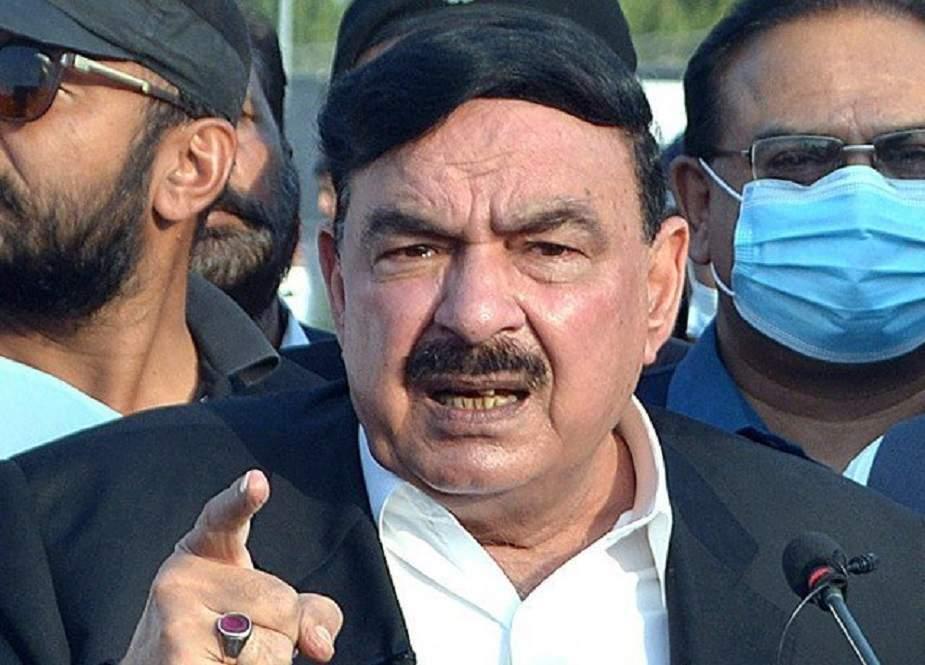 طالبان حکومت کو تسلیم کرنے کا فیصلہ عمران خان کو کرنا ہے، شیخ رشید