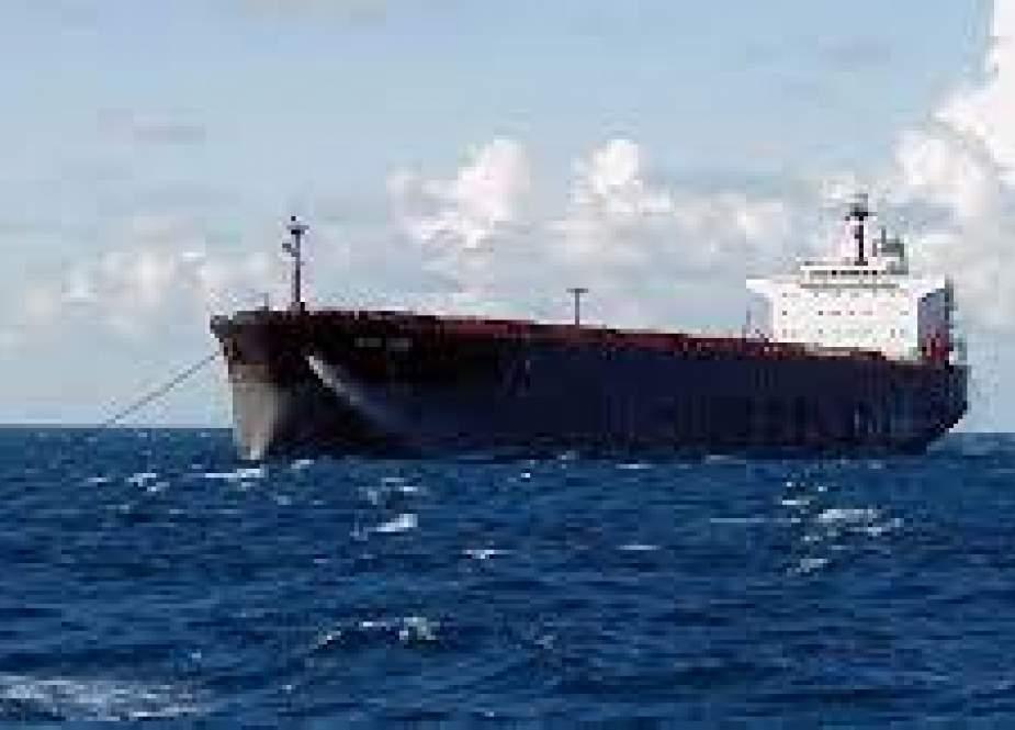 کشتیهای حامل سوخت ایران آمریکا را به عقبنشینی در لبنان واداشت