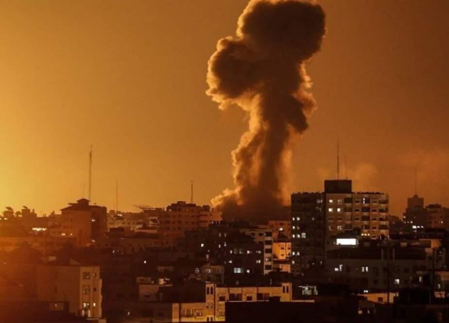 اسرائیلی لڑاکا طیاروں کی غزہ پر فضائی بمباری