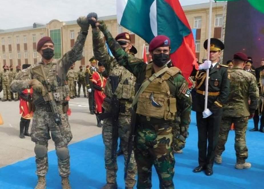 آذربائیجان کے زیر اہتمام باکو میں سہ ملکی فوجی مشقوں کا آغاز