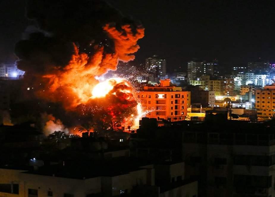 غارات جوية ''إسرائيلية'' على أهداف بغزة.. والمقاومة ترد