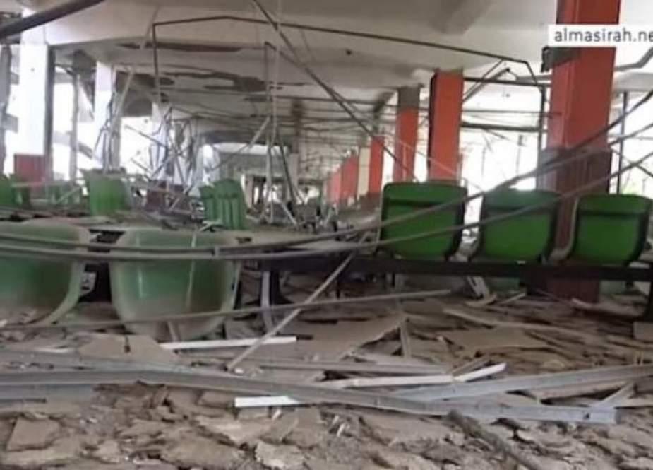 طيران العدوان السعودي يعاود استهداف مطار تعز