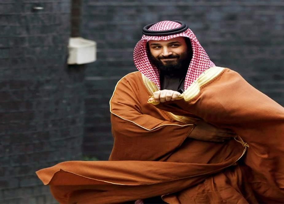 ابن سلمان ينفق أموال الاستثمارات السعودية خوفاً على سمعته الشخصية