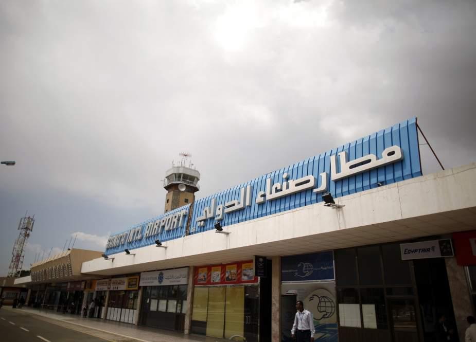 حصار مطار صنعاء مستمر..من يتحمل مسؤولية استمرار معاناة الشعب اليمني؟