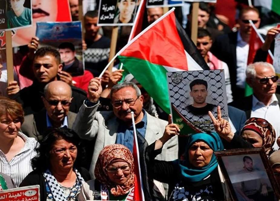 '' نفق الحرية'' نبض الشارع الفلسطيني