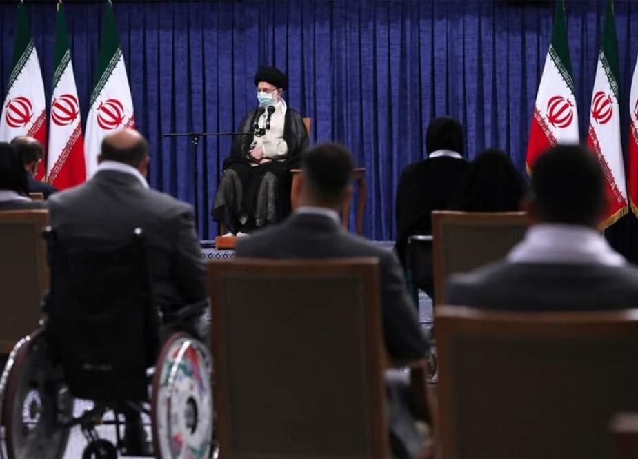 Atlet Wanita Iran Buktikan Jilbab Tidak Menghalangi Kesuksesan