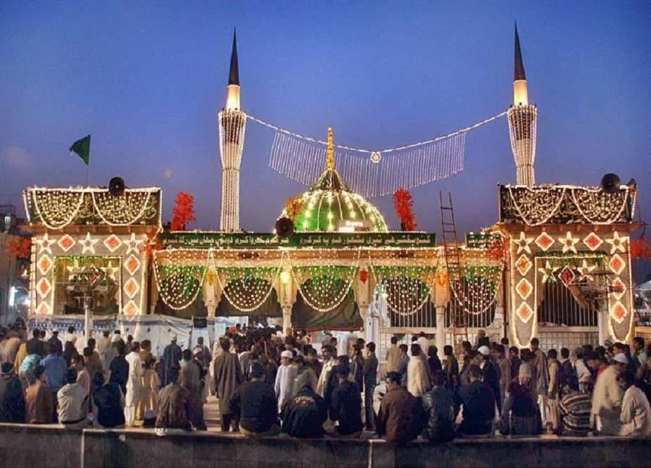 لاہور، عرس داتا دربار کی تقریبات کا انعقاد خطرے میں پڑ گیا
