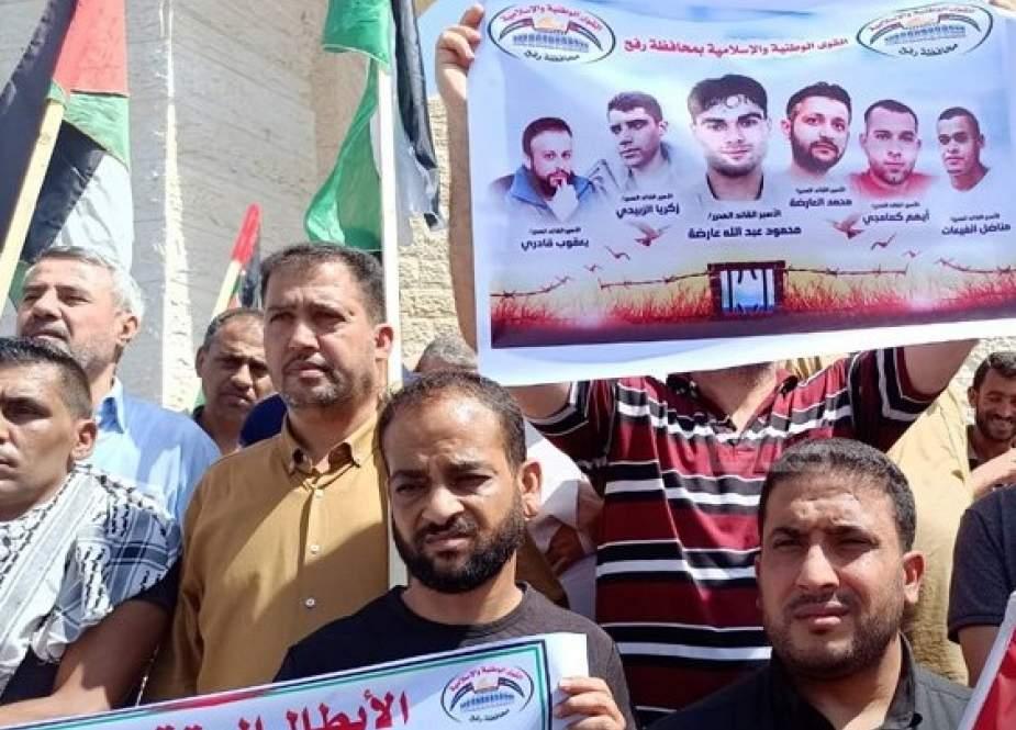 أسرى الحرية إلى سجون الاحتلال الصهيوني من جديد