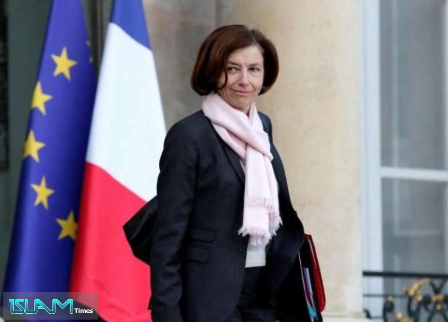 France Cancels Defense Meeting with UK over Submarine Row