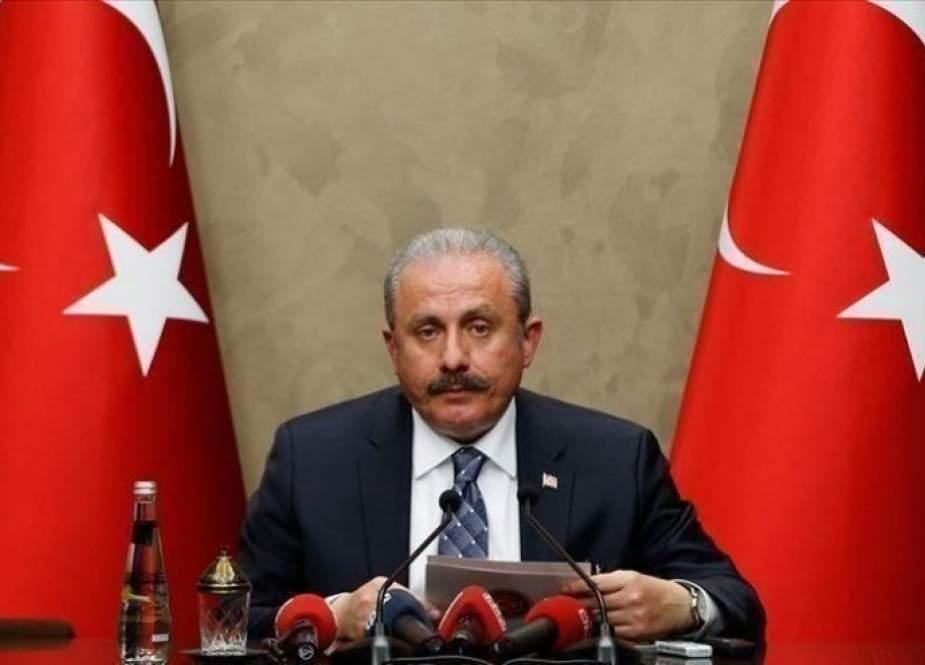 رئيس البرلمان التركي ينتقد سياسات أوروبا بشأن الهجرة والإسلاموفوبيا