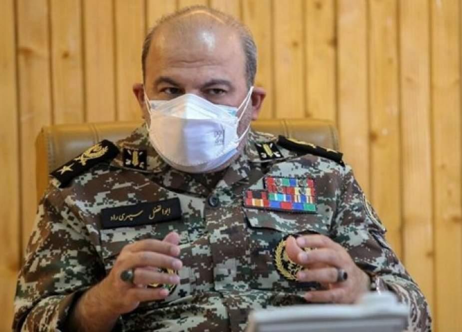 قائد ايراني: بلغنا الاكتفاء الذاتي في صناعة المنظومات الصاروخية