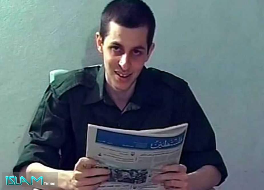 Former 'Israeli' Captive Gilad Shalit Narrates How Hamas Treated Him in Detention