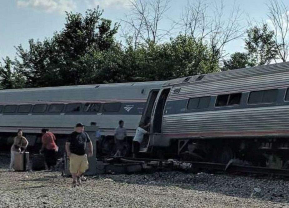 امریکا، ٹرین حادثے میں 3 افراد ہلاک، 50 زخمی