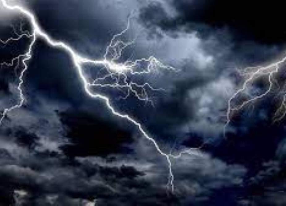 تھرپارکر میں آسمانی بجلی گرنے سے 5 افراد جاں بحق