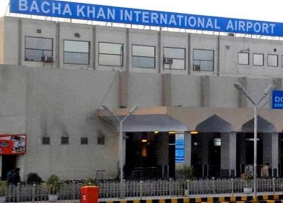 پشاور ایئرپورٹ پر بیرون ملک سے کورونا کا شکار مسافروں کی آمد میں اضافہ