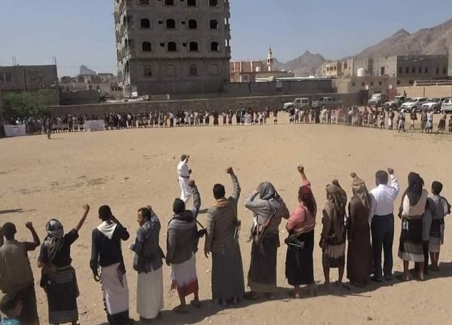 وقفة قبلية بمديرية بيحان بشبوة تبارك انتصارات الجيش واللجان الشعبية