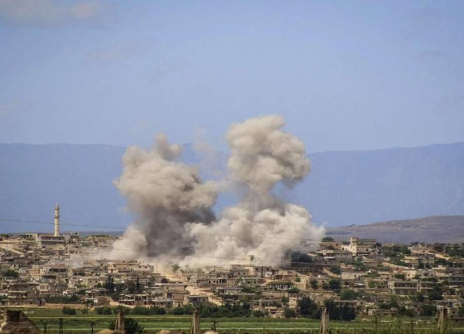 الدفاع الروسية تعلن رصد 23 اعتداء إرهابياً من منطقة خفض التصعيد بإدلب