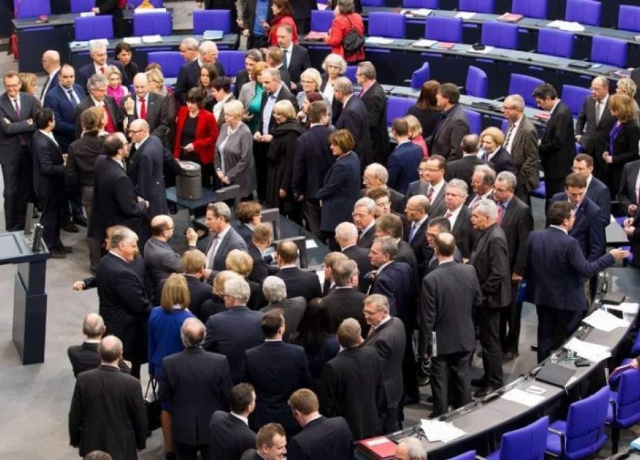 ألمانيا توزع مقاعد نواب البوندستاغ الجديد وفق نتائج الانتخابات