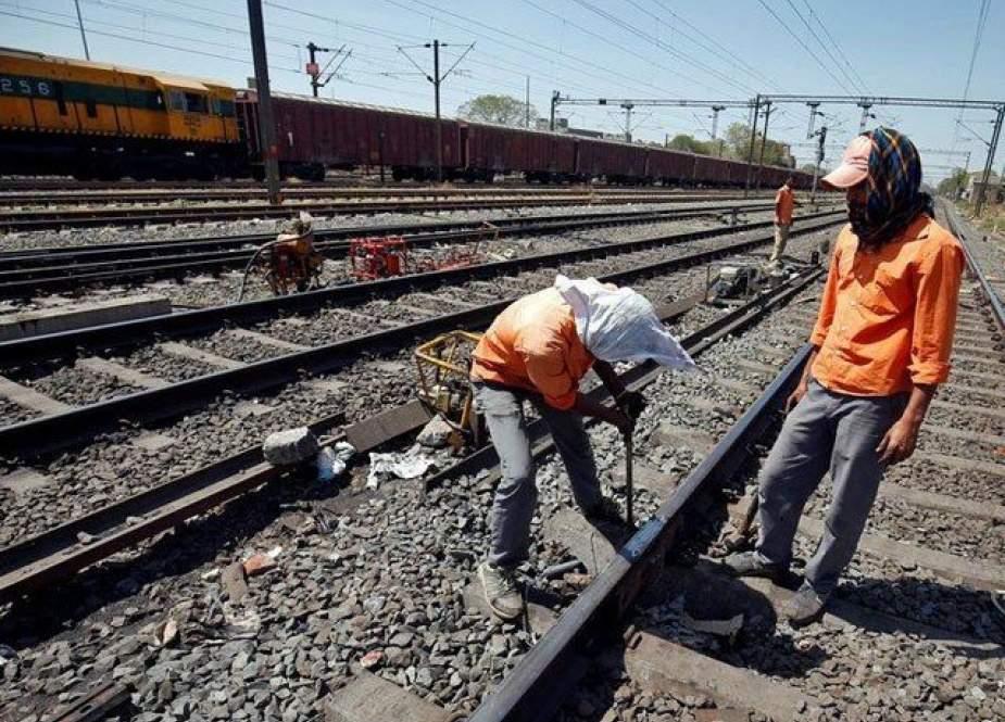 پشاور، کراچی ریلوے لائن ایم ایل ون منصوبہ مزید تاخیر کا شکار