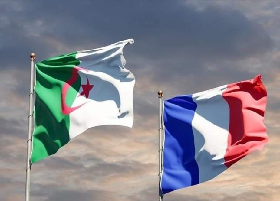 تصريحات ماكرون المسيئة للجزائر.. استمالة لليمين المتطرف أم تغطية على أزمات فرنسا الأخرى؟
