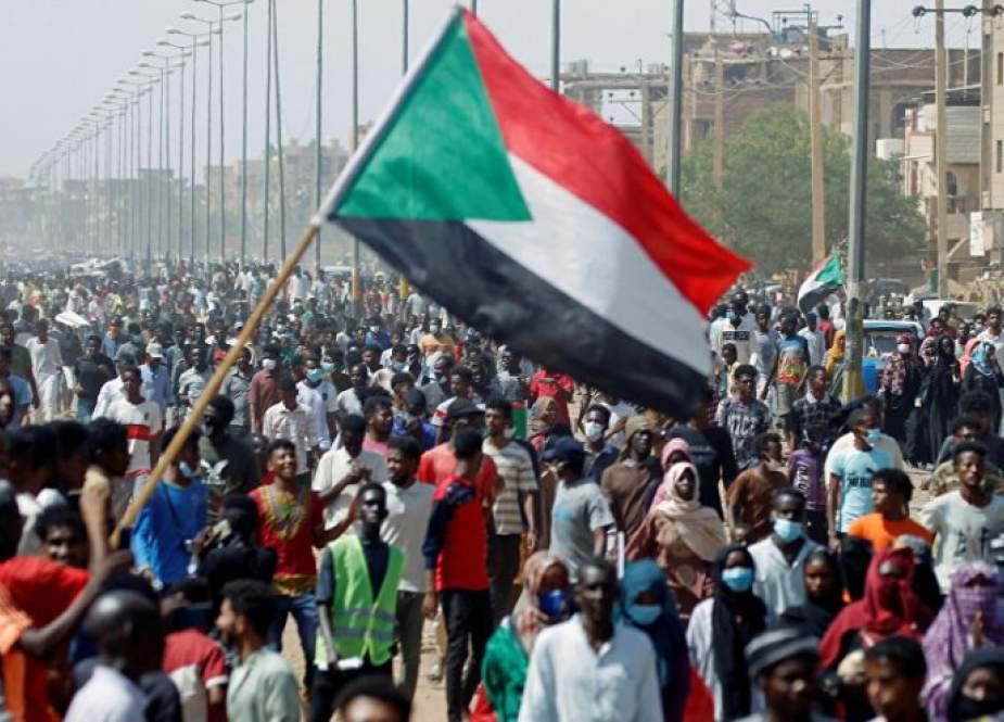 السودان بين صراع مدني عسكري