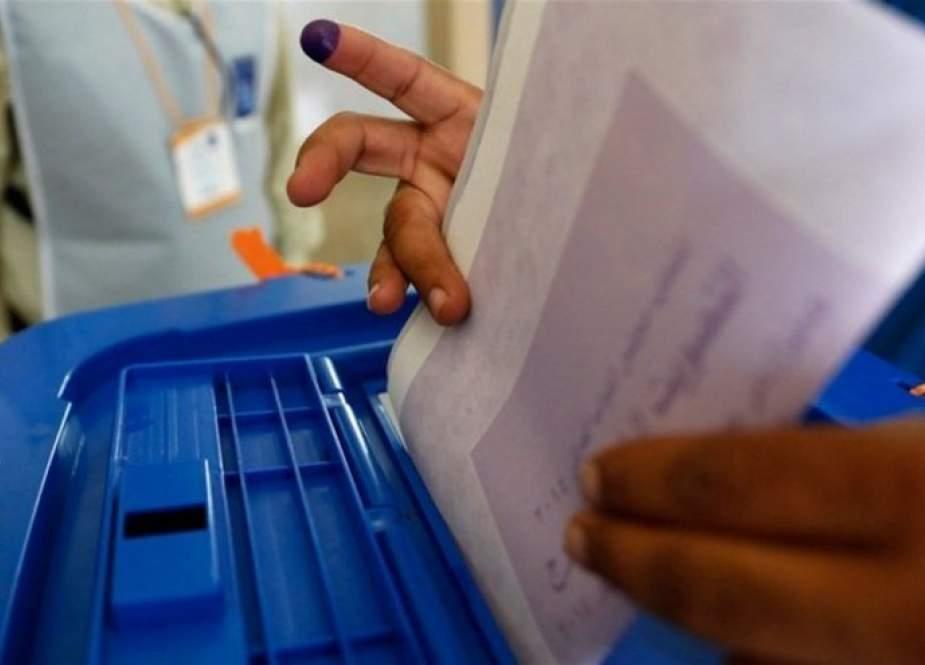 إغلاق صناديق الاقتراع الخاص في عموم العراق