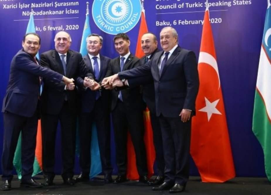 أوكرانيا تعلن عن رغبتها بإلانضمام الى المجلس التركي