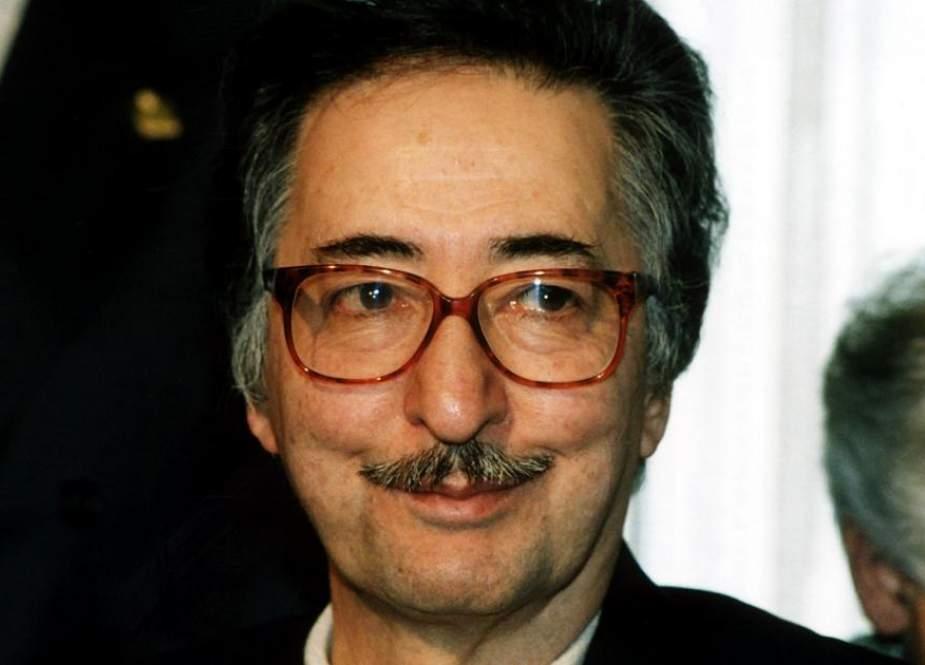 وفاة أول رئيس لـ إيران