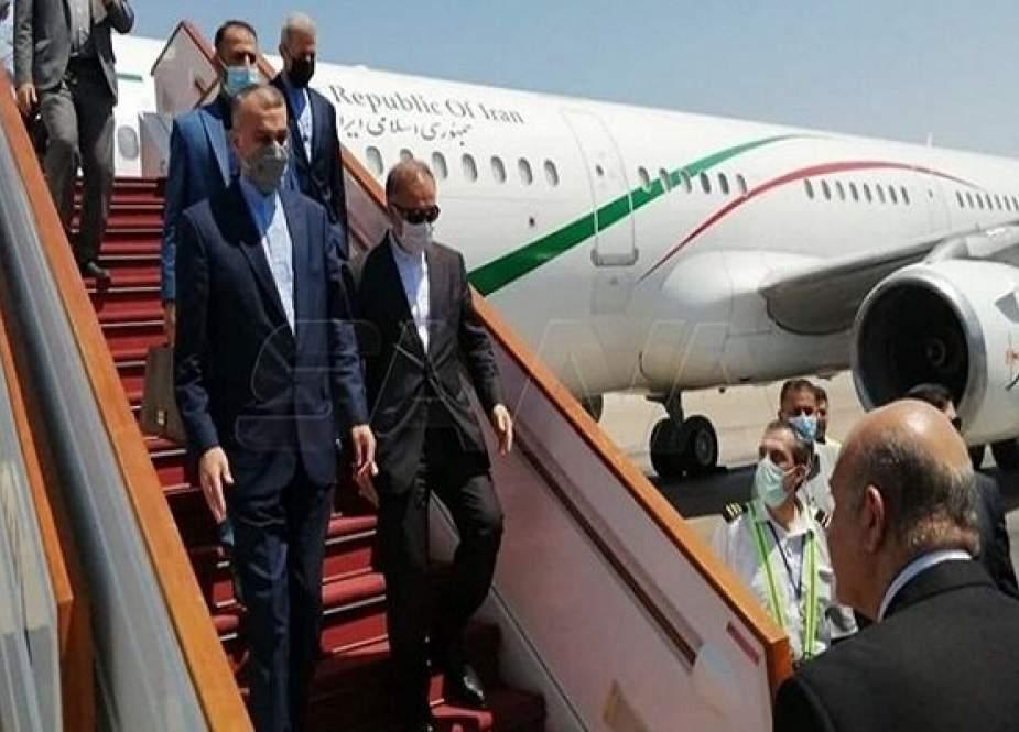 Iran Bertemu Pejabat Suriah di Damaskus