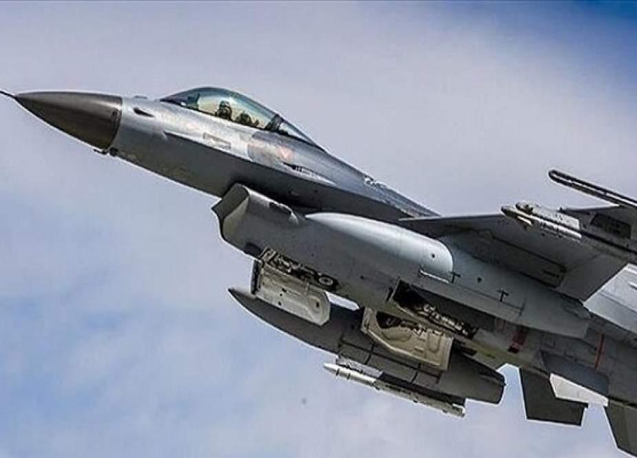 Jet Tempur F-16 Irak Menyerang Tempat Persembunyian ISIS Di Diyala