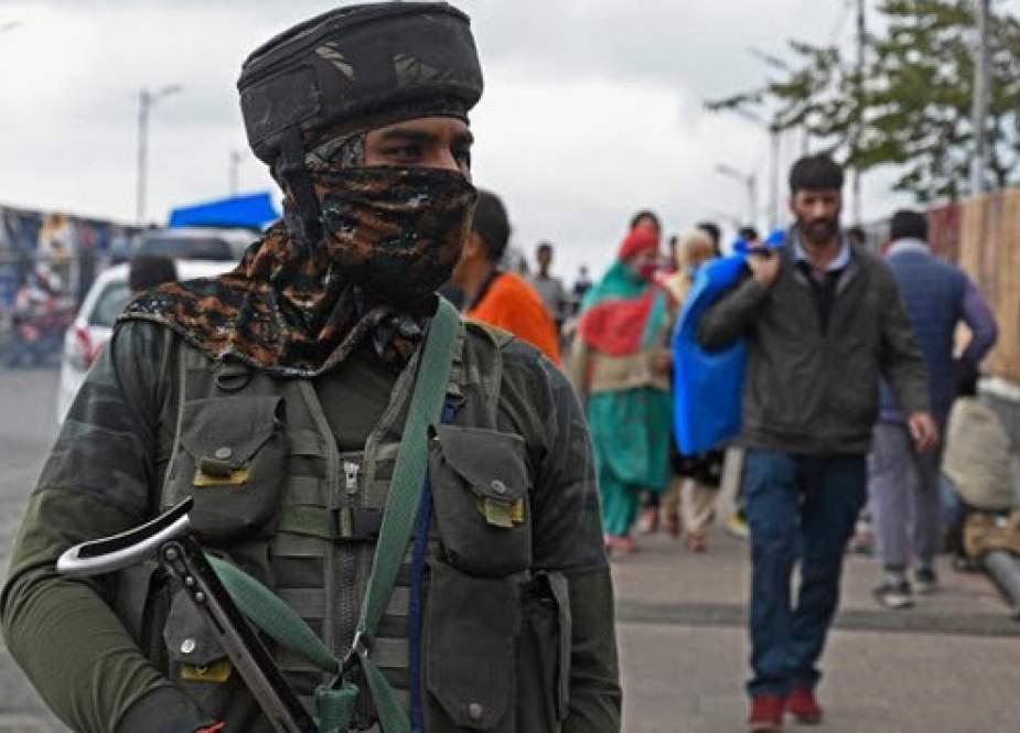 درگیری مسلحانه در منطقه کشمیر/ ده نظامی کشته و زخمی شدند