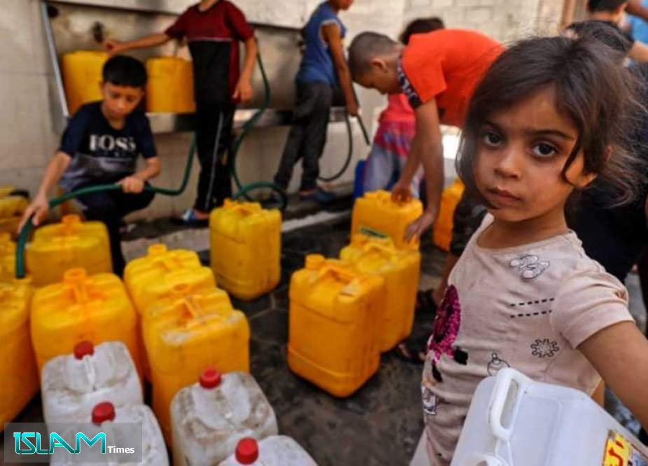 Gaza's Undrinkable Water 'Slowly Poisoning' Palestinians