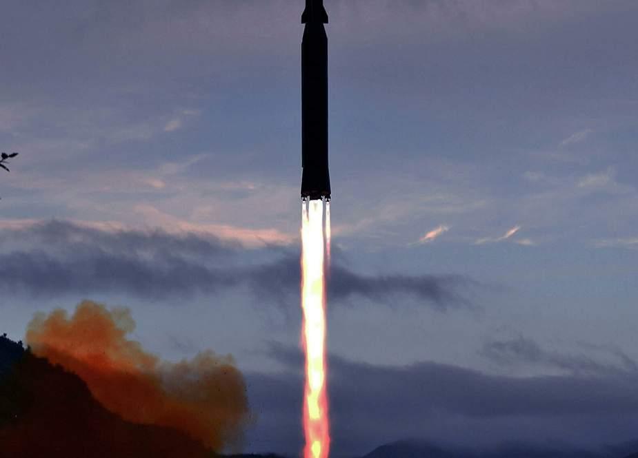 Korea Utara Pamerkan Rudal Hipersonik yang Baru Dikembangkan