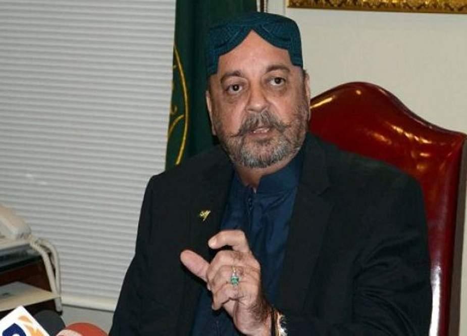 نیب کی ٹیم کا اسپیکر سندھ اسمبلی آغا سراج درانی کی گرفتاری کیلئے گھر پر چھاپہ
