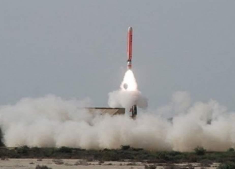 """المناورات الايرانية... صواريخ """"مجيد"""" و""""دزفول"""" تدمر صواريخ كروز"""