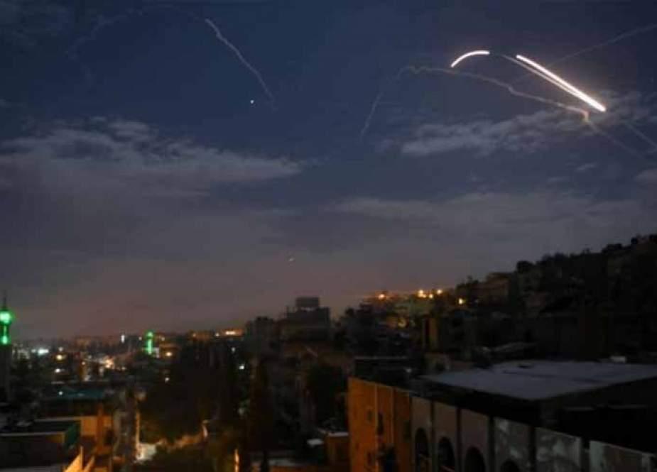 عدوان صهيوني على سوريا والحلفاء يتوعدون برد قاس
