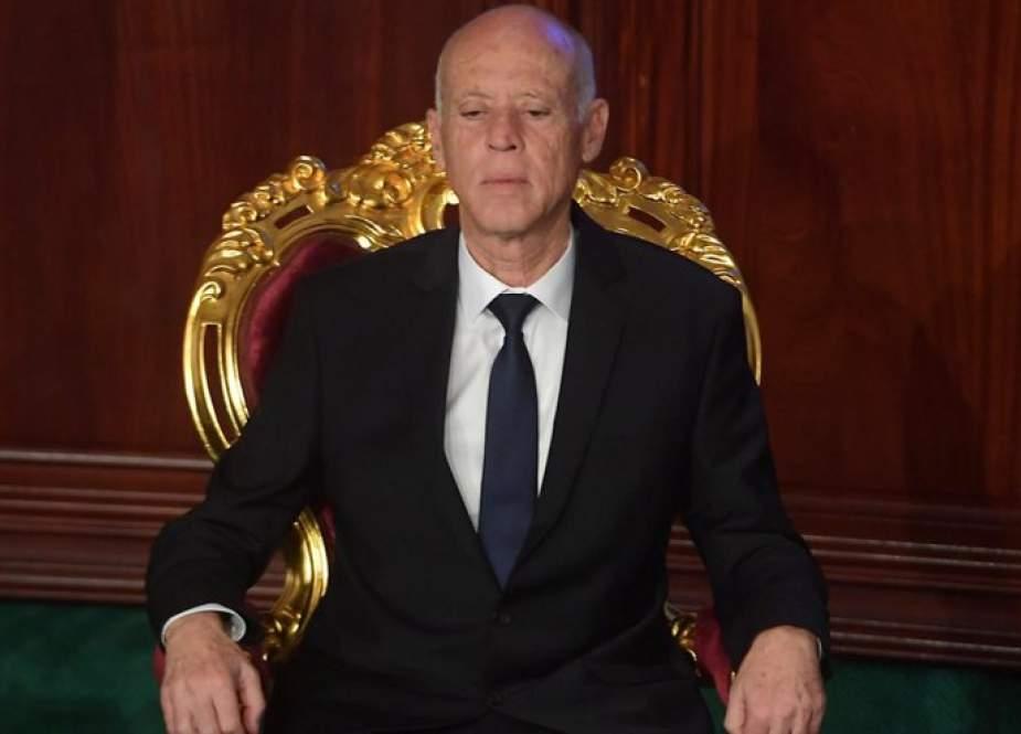 قيس سعيد: الحوار فقط مع الشعب التونسي ومع الشباب