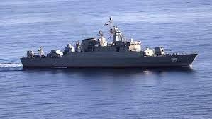 Kapal Angkatan Laut Iran Menangkis Serangan Bajak Laut terhadap Tanker Minyak di Teluk Aden