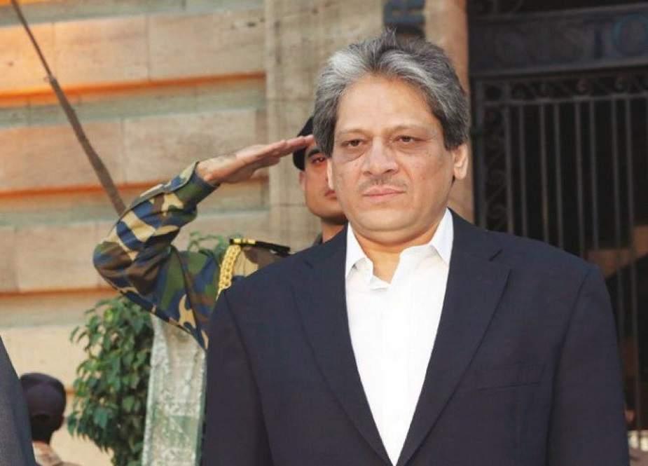 کراچی میں سیاسی خلاء، کیا عشرت العباد کردار ادا کرسکتے ہیں؟