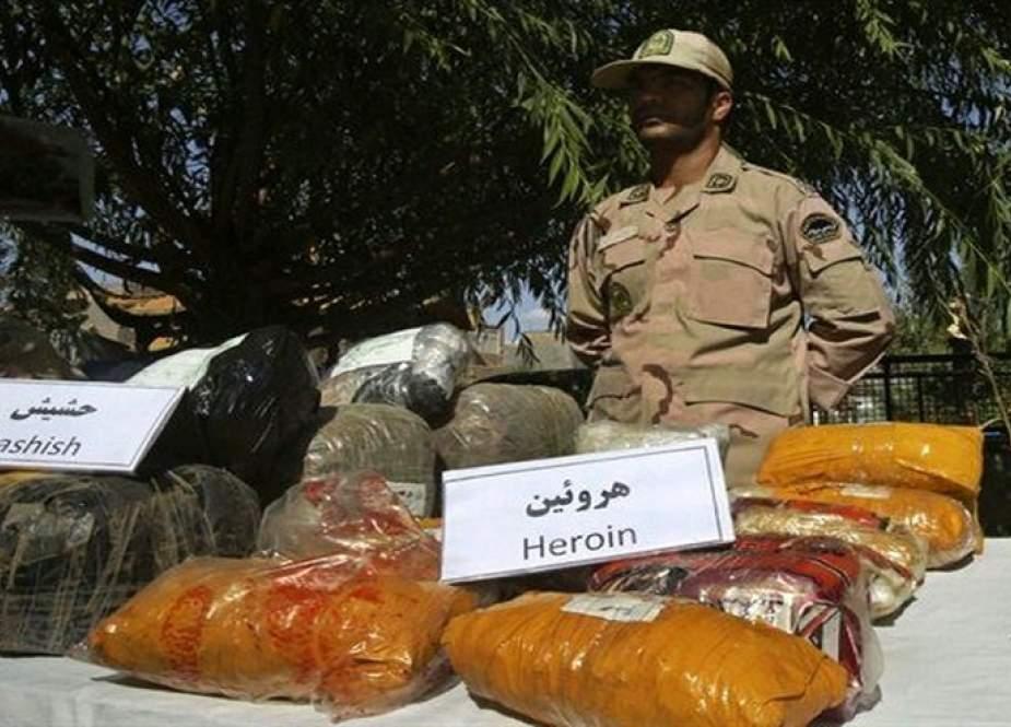 ضبط أكثر من طنین من المخدرات جنوب شرق وغرب إيران