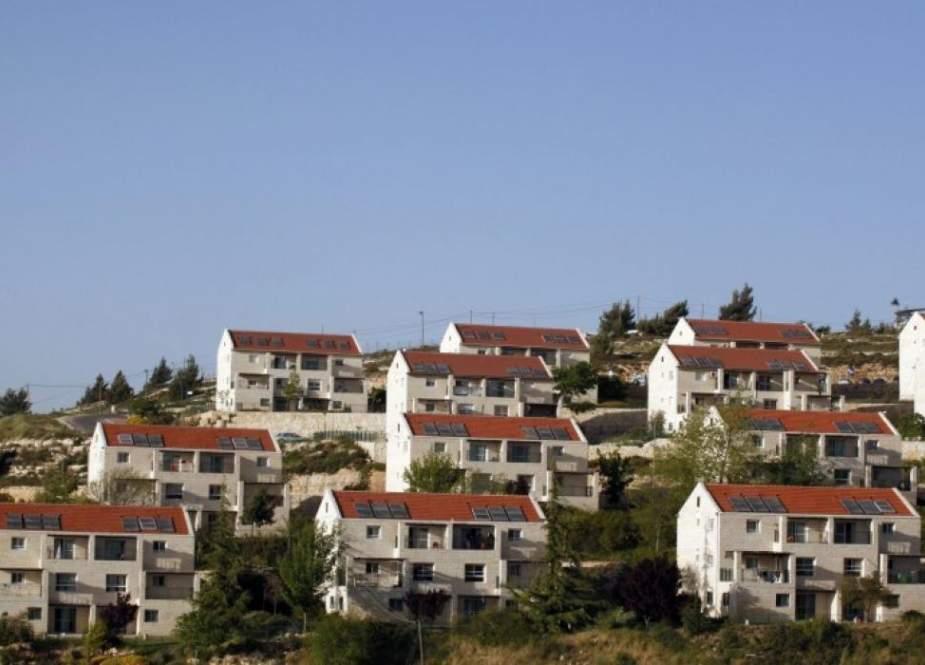 مقاومون فلسطينيون أطلقوا النار باتجاه مستوطنة صهيونية جنوب نابلس